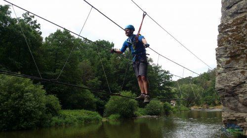Zdolávání lanového mostu