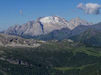 Pohľad na ľadovec Marmoády Najvýššia hora v Dolomitoch